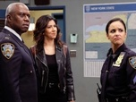 Brooklyn 99 - S6 E10 : Gintars